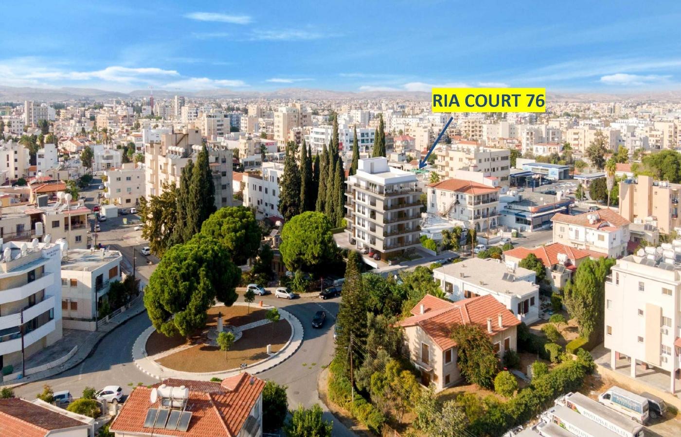 Ria Court 76